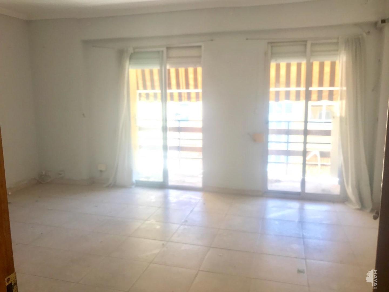 Piso en venta en Gandia, Valencia, Calle Ferrocarril de Alcoy, 66.000 €, 3 habitaciones, 1 baño, 105 m2
