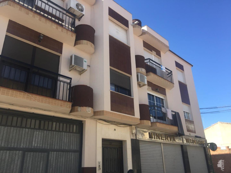 Piso en venta en Mengíbar, Jaén, Calle General Rending, 73.600 €, 3 habitaciones, 1 baño, 92 m2