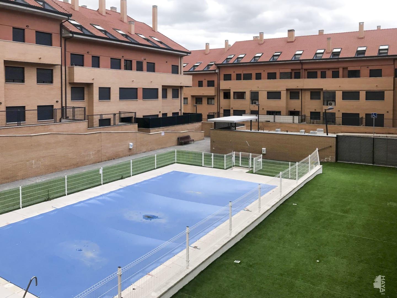 Piso en venta en Méntrida, Toledo, Calle Valconejo, 79.750 €, 4 habitaciones, 1 baño, 119 m2