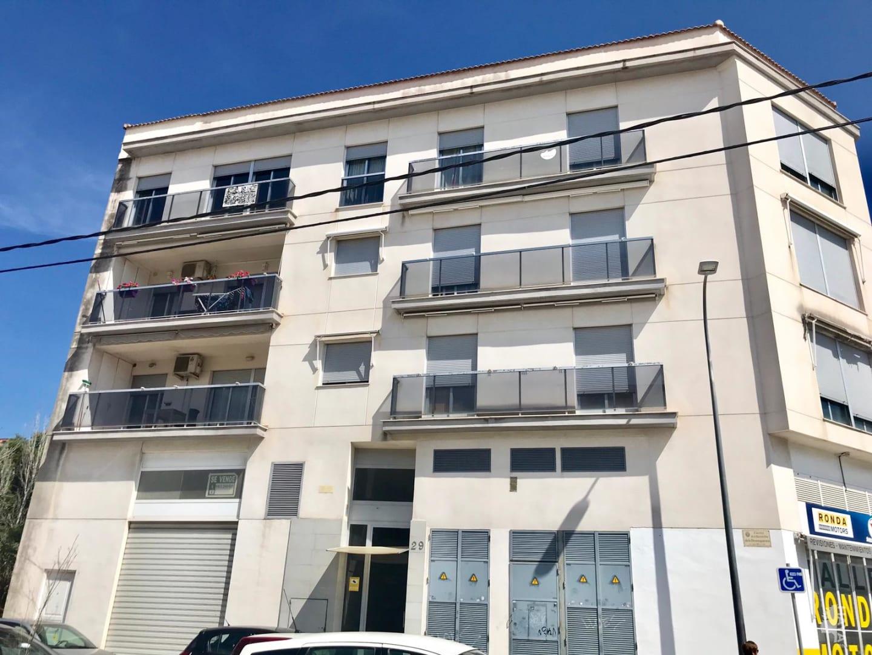 Piso en venta en Gandia, Valencia, Calle Verge Dels Desamparats, 123.750 €, 3 habitaciones, 2 baños, 132 m2