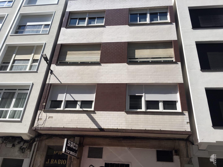 Piso en venta en Barrio Das Cascas, Betanzos, A Coruña, Calle Alcalde Beccaria, 56.000 €, 3 habitaciones, 1 baño, 92 m2