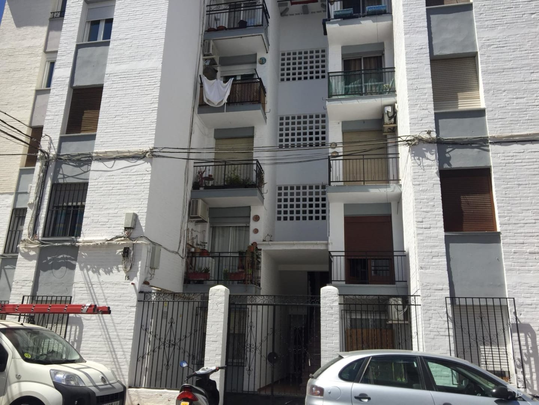 Piso en venta en Los Prados, Priego de Córdoba, Córdoba, Calle Juan Xxiii, 46.000 €, 4 habitaciones, 1 baño, 80 m2