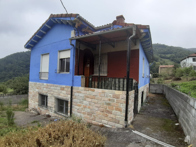 Casa en venta en Estialescq, Mieres, Asturias, Calle Urbies, 66.900 €, 2 habitaciones, 1 baño, 128 m2