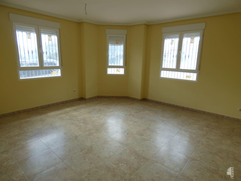 Piso en venta en Piso en Candeleda, Ávila, 98.000 €, 3 habitaciones, 2 baños, 153 m2, Garaje