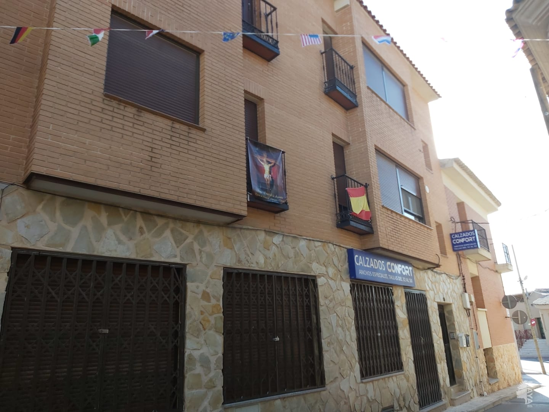 Piso en venta en Corral de Almaguer, Toledo, Calle Amargura, 59.910 €, 3 habitaciones, 1 baño, 85 m2