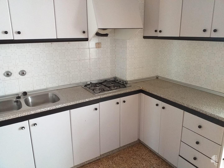 Piso en venta en Castalla, Alicante, Calle Ruperto Chapi, 43.800 €, 4 habitaciones, 1 baño, 102 m2
