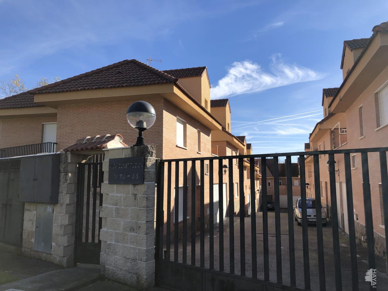 Casa en venta en Casavieja, Casavieja, Ávila, Avenida Constitucion, 86.000 €, 3 habitaciones, 2 baños, 144 m2