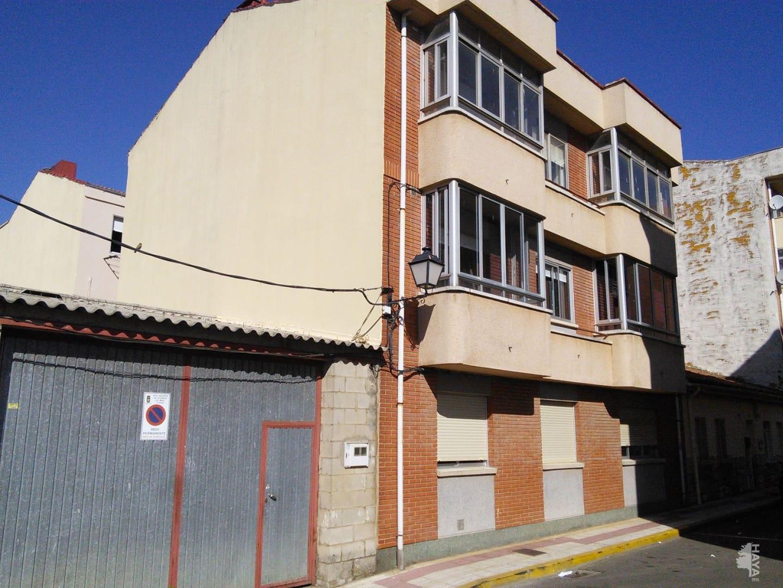 Piso en venta en La Virgen del Camino, Valverde de la Virgen, León, Calle Asturias, 113.670 €, 3 habitaciones, 1 baño, 117 m2
