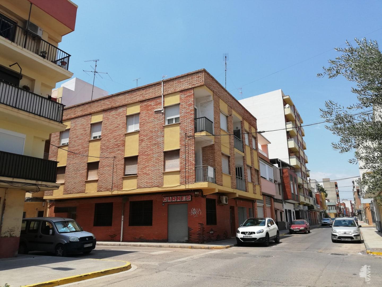 Piso en venta en El Port de Sagunt, Sagunto/sagunt, Valencia, Calle San Pedro, 62.580 €, 3 habitaciones, 1 baño, 94 m2