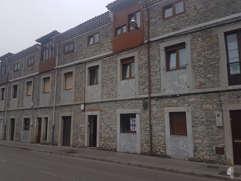 Piso en venta en Pravia, Asturias, Avenida Prahua, 51.000 €, 3 habitaciones, 1 baño, 88 m2