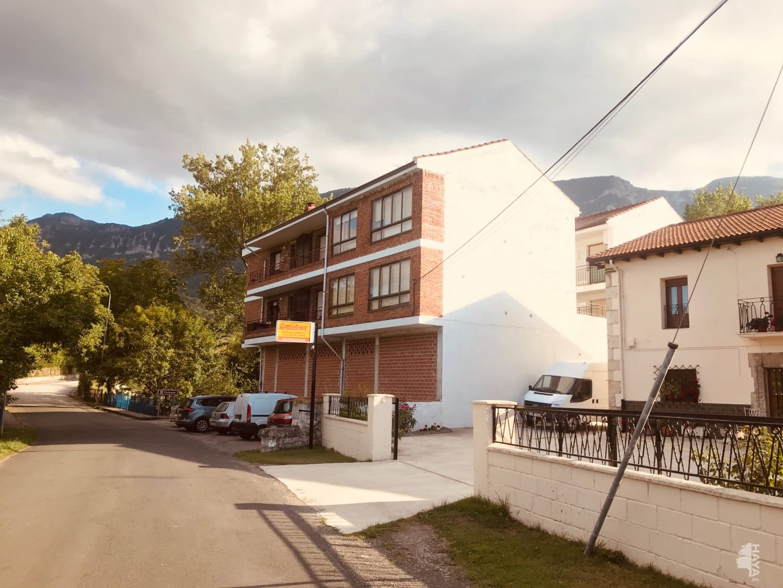 Piso en venta en Hoz de Mena, Valle de Mena, Burgos, Carretera Lezana, 111.600 €, 3 habitaciones, 1 baño, 100 m2