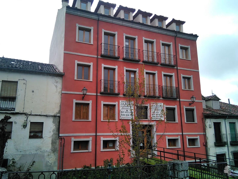 Piso en venta en La Pradera de Navalhorno, Real Sitio de San Ildefonso, Segovia, Calle Carrera Torrecaballeros, 103.000 €, 2 habitaciones, 1 baño, 68 m2