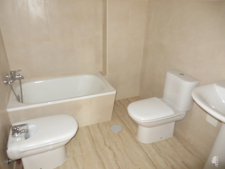 Piso en venta en Piso en Jacarilla, Alicante, 64.000 €, 2 habitaciones, 2 baños, 78 m2
