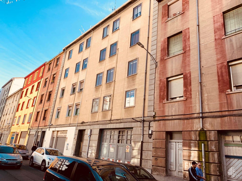 Piso en venta en Allende, Miranda de Ebro, Burgos, Calle Ciudad de Toledo, 53.130 €, 3 habitaciones, 1 baño, 75 m2