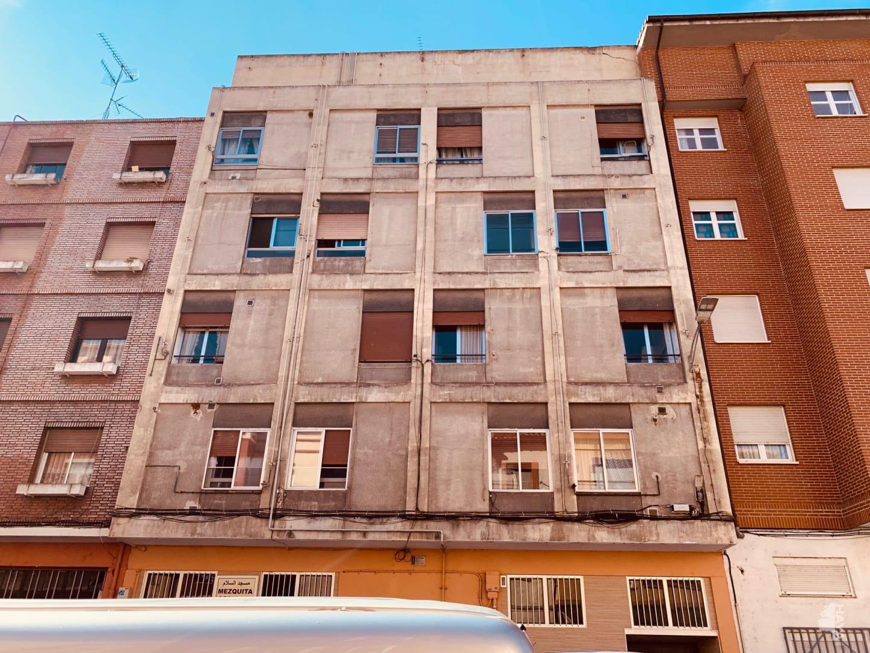 Piso en venta en Allende, Miranda de Ebro, Burgos, Calle Santa Lucia, 65.100 €, 3 habitaciones, 1 baño, 88 m2