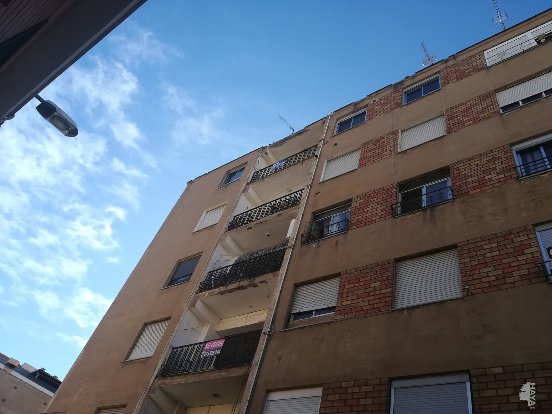 Piso en venta en Grupo Pío Xii, Almazora/almassora, Castellón, Travesía Batalla de Bailen, 25.000 €, 4 habitaciones, 1 baño, 103 m2