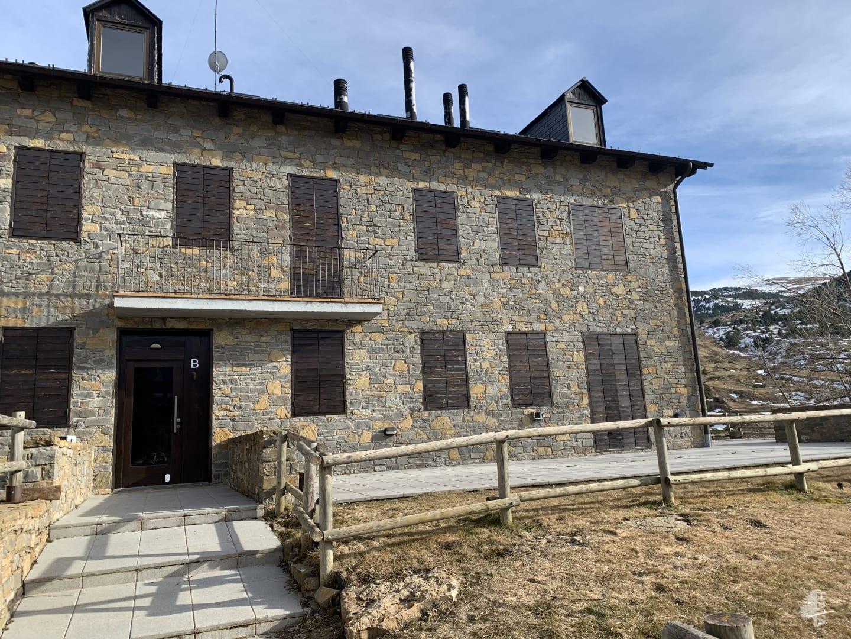 Piso en venta en Pla de L`ermita, la Vall de Boí, Lleida, Calle Sant Marti, 112.770 €, 2 habitaciones, 1 baño, 72 m2