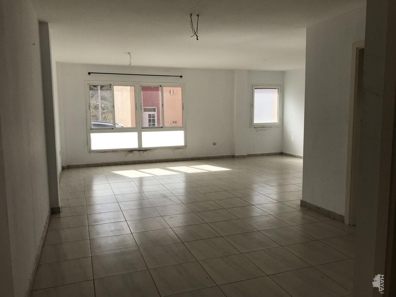 Piso en venta en Suroeste, Santa Cruz de Tenerife, Santa Cruz de Tenerife, Calle El Castaño, 126.162 €, 3 habitaciones, 2 baños, 123 m2