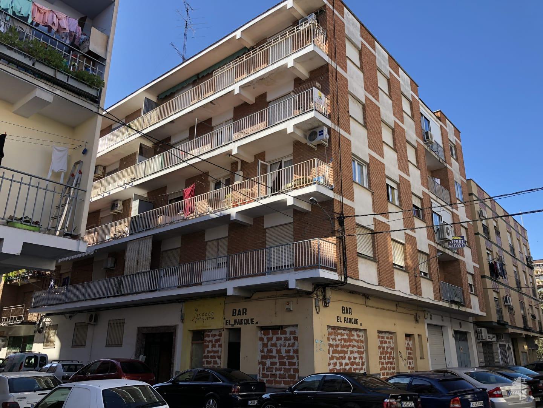Piso en venta en Navalmoral de la Mata, Cáceres, Calle Eduardo Lozano García, 39.366 €, 3 habitaciones, 1 baño, 88 m2