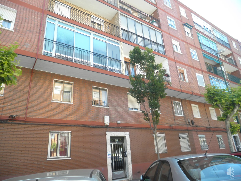 Piso en venta en San Nicolás, Valladolid, Valladolid, Calle Mirabel, 41.000 €, 3 habitaciones, 1 baño, 72 m2