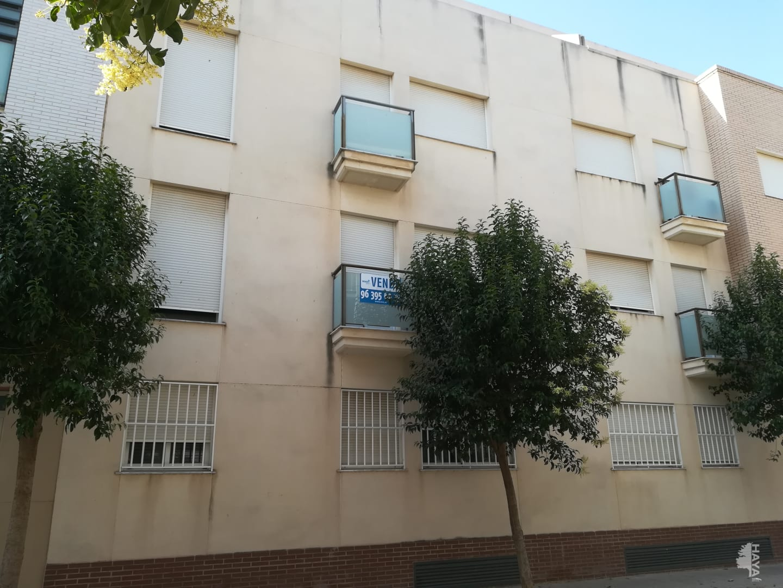 Piso en venta en Montserrat, Montserrat, Valencia, Calle Metge Manuel Llombart, 123.900 €, 4 habitaciones, 2 baños, 149 m2