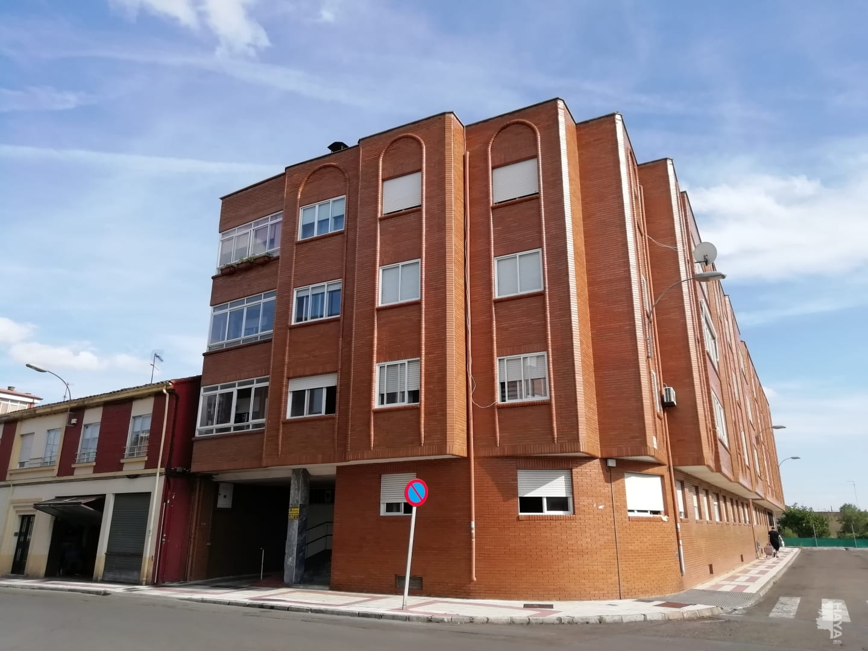 Piso en venta en Trobajo del Camino, San Andrés del Rabanedo, León, Avenida Quintana, 134.000 €, 3 habitaciones, 1 baño, 117 m2