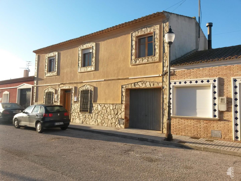 Casa en venta en Villena, Alicante, Calle San Francisco de Asis, 152.400 €, 7 habitaciones, 2 baños, 300 m2