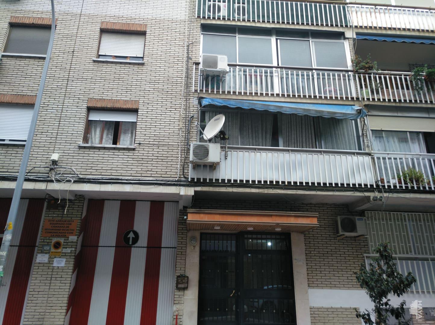 Piso en venta en Parla, Madrid, Calle Ciudad Real, 73.547 €, 3 habitaciones, 1 baño, 83 m2