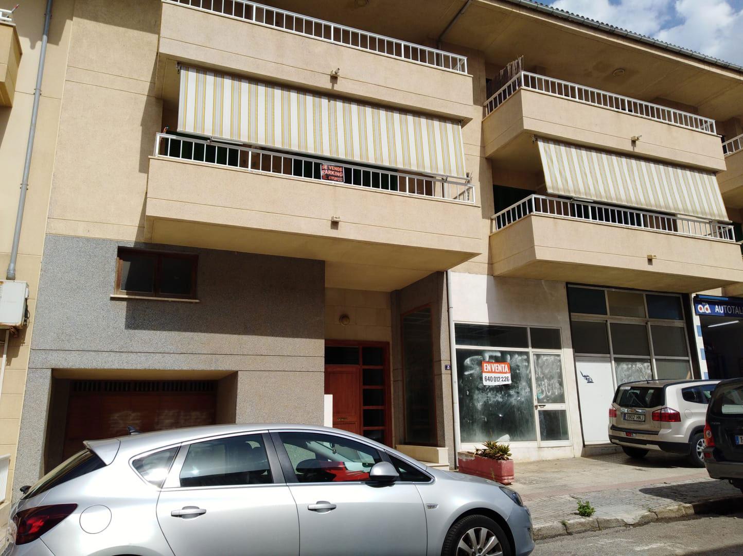 Local en venta en Alcúdia, Baleares, Calle Estel, 119.000 €, 280 m2