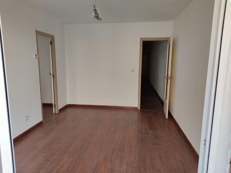 Piso en venta en Collblanc, L` Hospitalet de Llobregat, Barcelona, Calle Dos de Maig, 177.000 €, 3 habitaciones, 1 baño, 89 m2