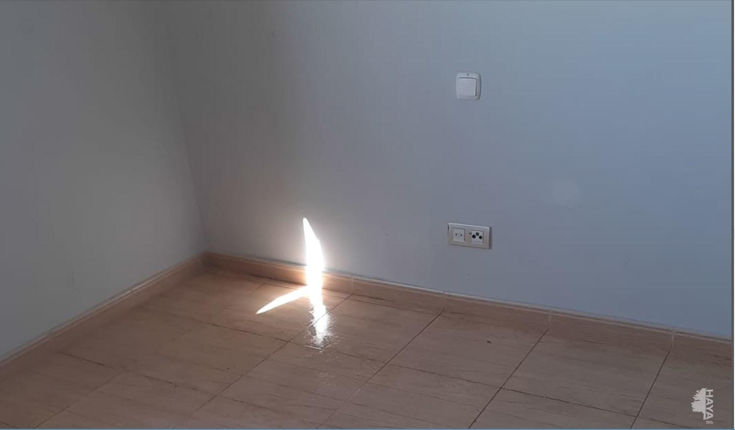 Piso en venta en Puente de Vallecas, Madrid, Madrid, Calle Angelillo, 138.140 €, 3 habitaciones, 1 baño, 94 m2