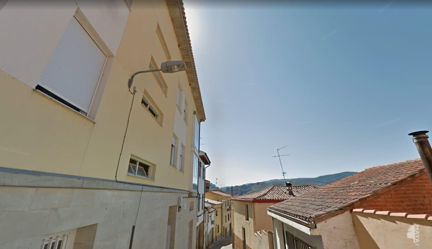 Piso en venta en Nalda, La Rioja, Calle Somo Bajo, 45.780 €, 3 habitaciones, 2 baños, 99 m2
