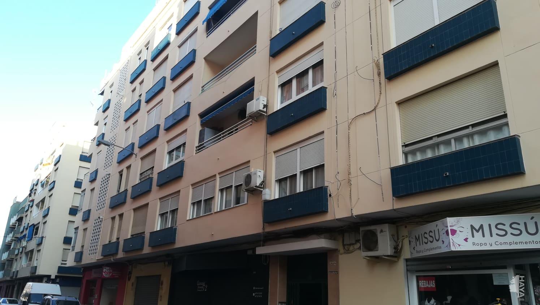 Piso en venta en Sagunto/sagunt, Valencia, Calle Creina Isabel Ii, 122.843 €, 3 habitaciones, 2 baños, 133 m2
