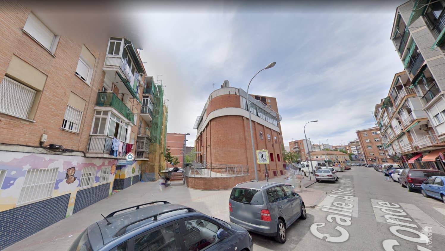 Piso en venta en Carabanchel, Madrid, Madrid, Calle Alfonso Martinez Conde, 96.319 €, 2 habitaciones, 1 baño, 63 m2