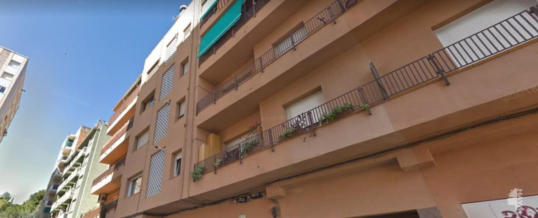 Piso en venta en Sabadell, Barcelona, Calle Bernat Desclot, 139.800 €, 4 habitaciones, 1 baño