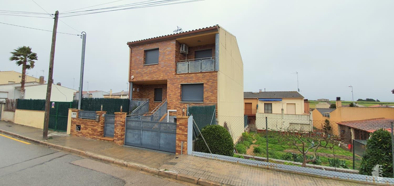 Casa en venta en Les Mallorquines, Sils, Girona, Calle Gaspar Roig I Galpi, 270.107 €, 4 habitaciones, 2 baños, 227 m2