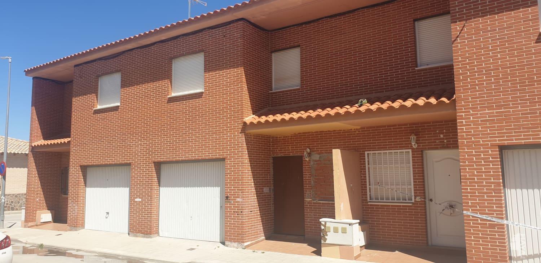 Casa en venta en Yepes, Toledo, Calle Miguel de Cervantes, 82.000 €, 3 habitaciones, 1 baño, 131 m2