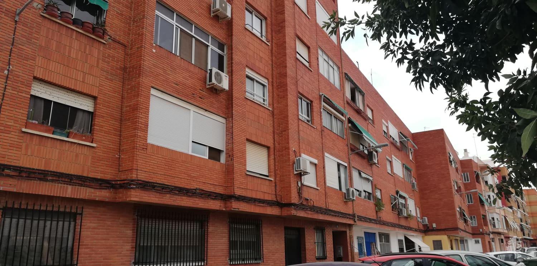 Piso en venta en Meliana, Valencia, Calle Ana Martinez de Vallejo, 58.700 €, 1 baño, 86 m2