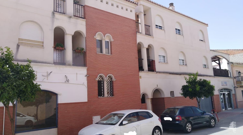 Piso en venta en Fuente Vaqueros, Fuente Vaqueros, Granada, Calle Poeta Pablo Neruda, 45.000 €, 3 habitaciones, 2 baños, 116 m2