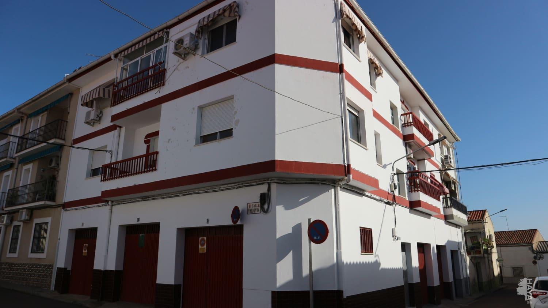 Piso en venta en Miajadas, Cáceres, Calle Zurbaran, 66.456 €, 2 baños, 90 m2