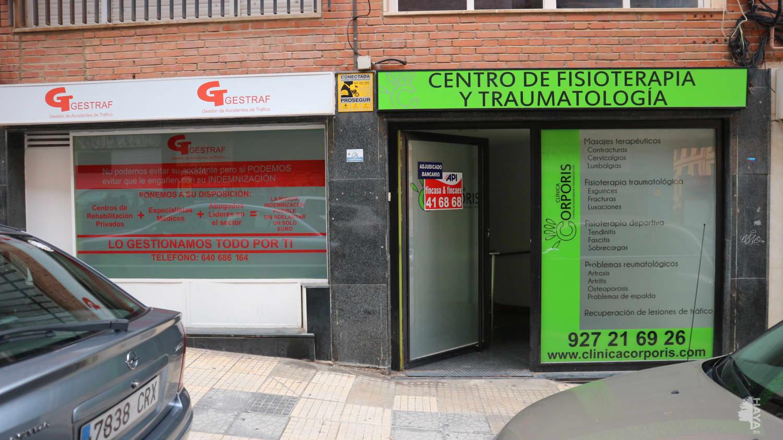 Local en venta en Reyes Huertas, Cáceres, Cáceres, Calle Leon Leal, 174.680 €, 260 m2