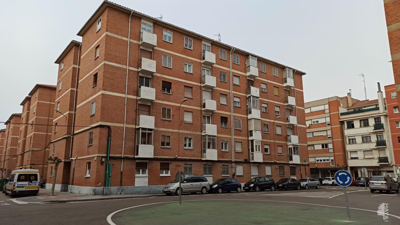 Piso en venta en Santiago, Palencia, Palencia, Calle Manuel de Falla, 49.000 €, 3 habitaciones, 1 baño, 60 m2