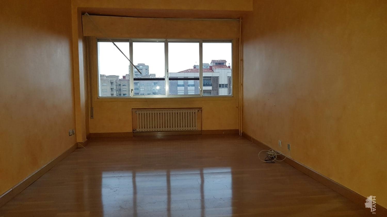Piso en venta en La Estrella, Logroño, La Rioja, Calle Albia de Castro, 141.969 €, 4 habitaciones, 2 baños, 124 m2