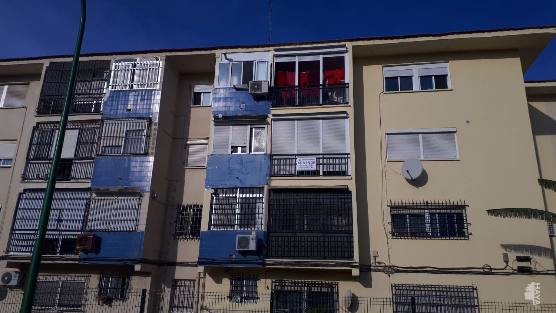 Piso en venta en Distrito Este-alcosa-torreblanca, Sevilla, Sevilla, Plaza Azahin, 90.500 €, 4 habitaciones, 1 baño, 94 m2