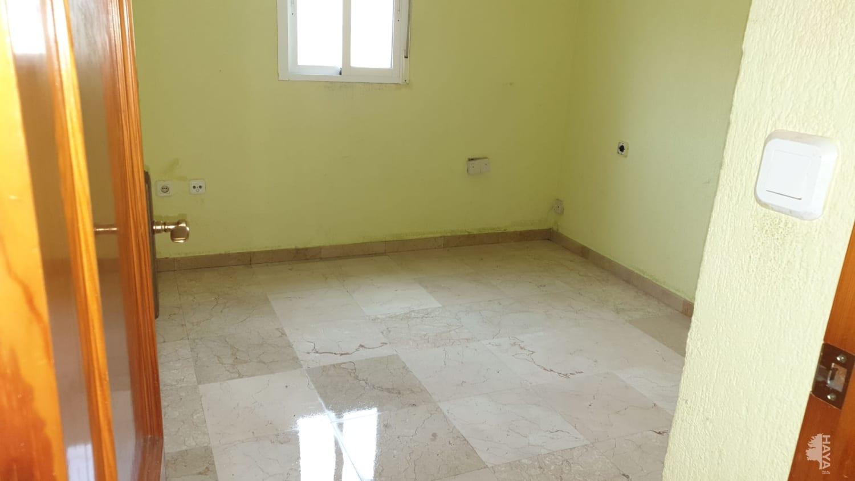 Piso en venta en Huelva, Huelva, Calle Rio Jucar, 22.000 €, 2 habitaciones, 1 baño, 52 m2