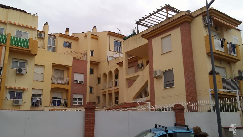 Piso en venta en Gójar, Granada, Avenida Carmen Morcillo, 92.900 €, 3 habitaciones, 2 baños, 108 m2