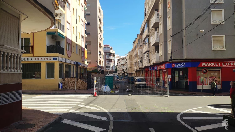 Piso en venta en La Mata, Torrevieja, Alicante, Calle Loma (la), 67.700 €, 2 habitaciones, 1 baño, 70 m2