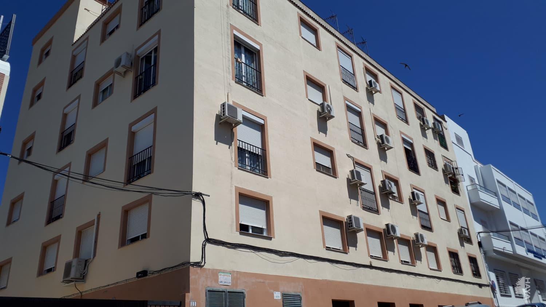 Piso en venta en Alcalá de Guadaíra, Sevilla, Calle Claudio Guerin, 68.000 €, 3 habitaciones, 1 baño, 50 m2