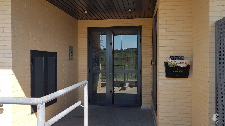 Piso en venta en Lardero, La Rioja, Calle Rio Jucar, 106.600 €, 2 habitaciones, 2 baños, 100 m2