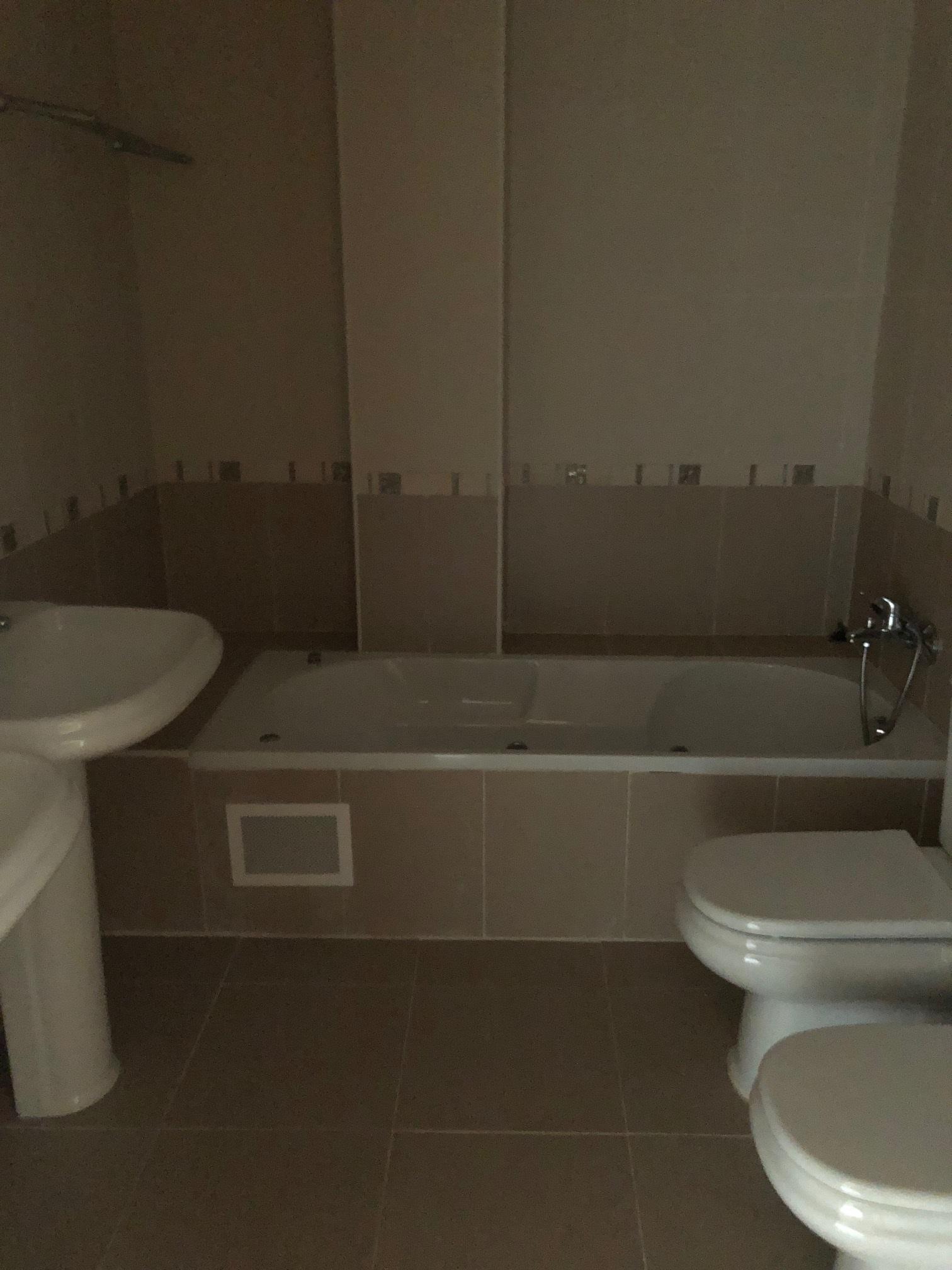 Casa en venta en Cabanillas del Campo, Guadalajara, Calle Clavellinas, 219.000 €, 4 habitaciones, 3 baños, 252 m2